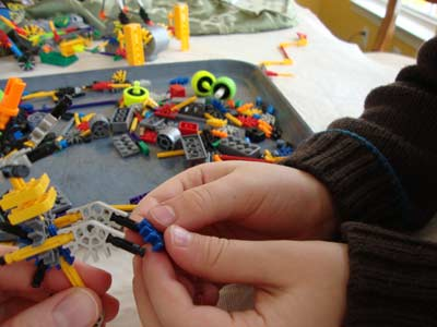 picture of Knex Helping Kid 350pc Tub