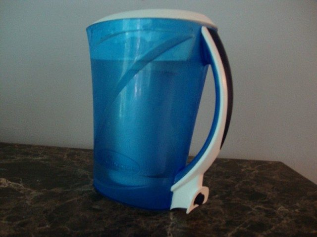 picture of ZeroWater 8 Cup Filter Pitcher with Spigout, Filter, & TDS Meter