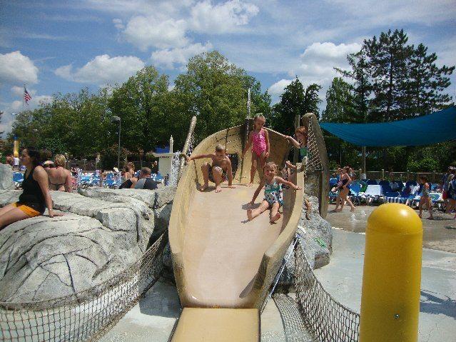 picture of Elizabeth & Elijah on Ship Slide