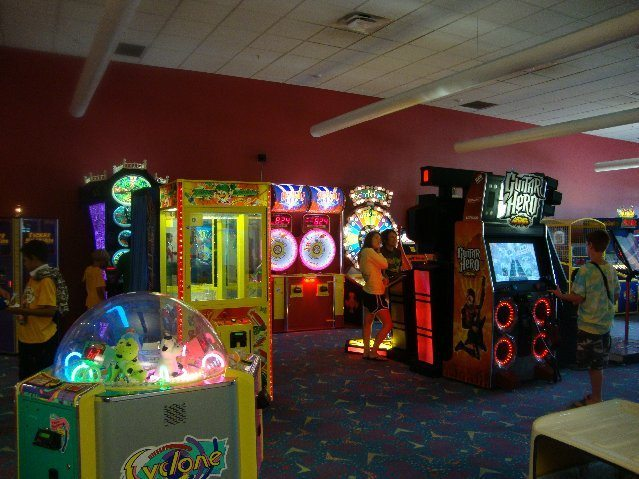 picture of Newark Ohio Arcade at CoCo Key Water Resort