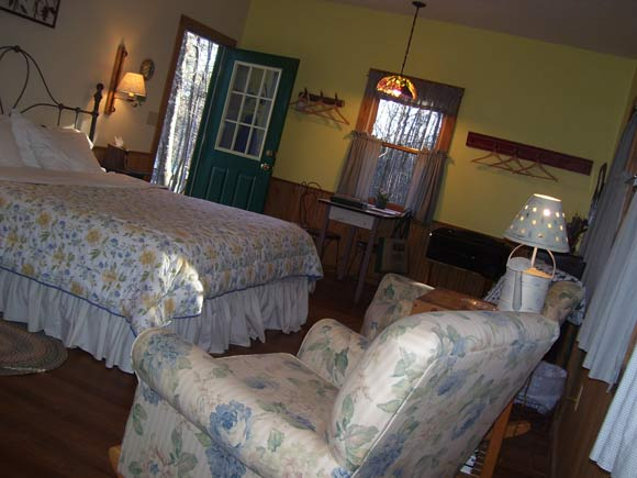 Interior of Cottage at the Inn at Cedar Falls