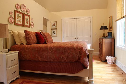 picture of Victorian Village Guest House Bedroom