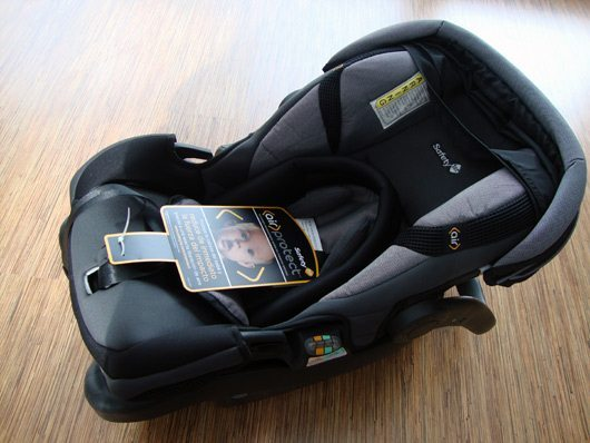 picture of Safety 1st onBoard™ 35 Air Infant Car Seat