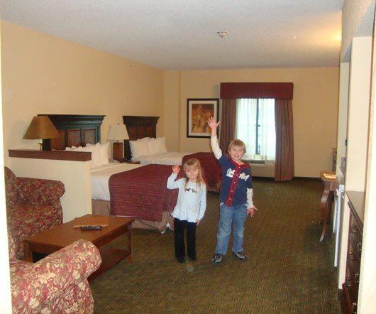 picture of Fort Rapids Indoor Waterpark Resort Oak Creek Canyon Family Suite