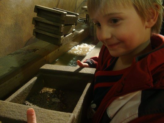 picture of Mining for gems at Cold River Mining at Fort Rapids Indoor Waterpark