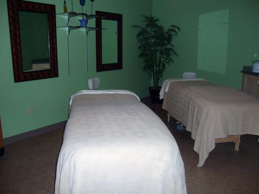 picture of Couples Massage at Castaway Bay