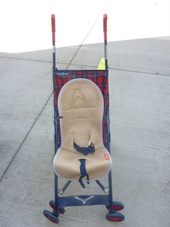 picture of MeenoBabies installed on Babytrend Stroller