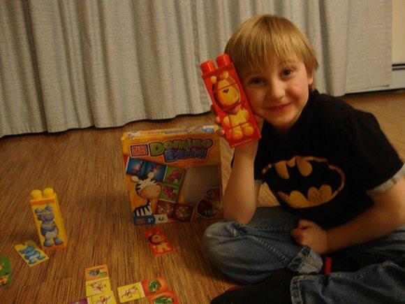 picture of MEGA Bloks Domino Build Winner