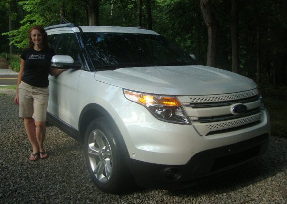 picture of Ford Explorer Review