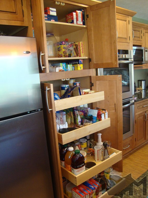 picture CliqStudios Pantry with roll out trays