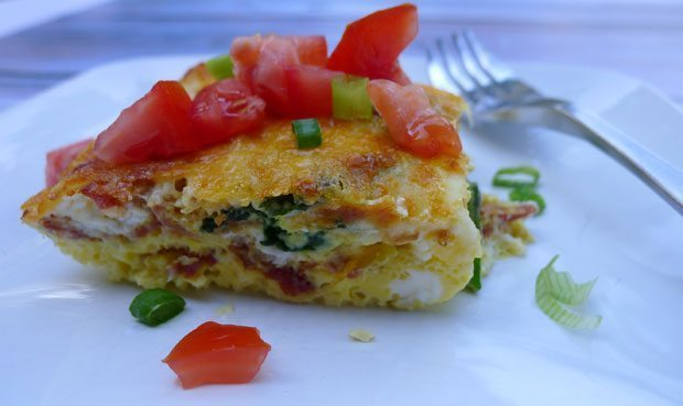 Easy-Crustless-Bacon-&-Spinach-Quiche-2