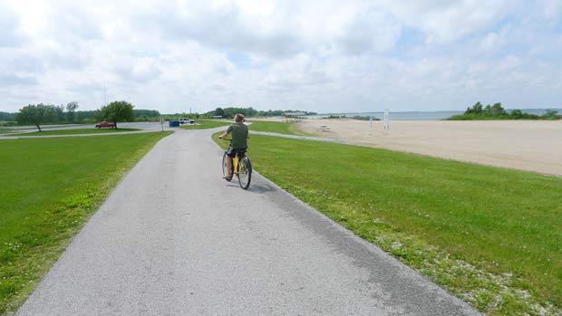 maumee-bay-biking