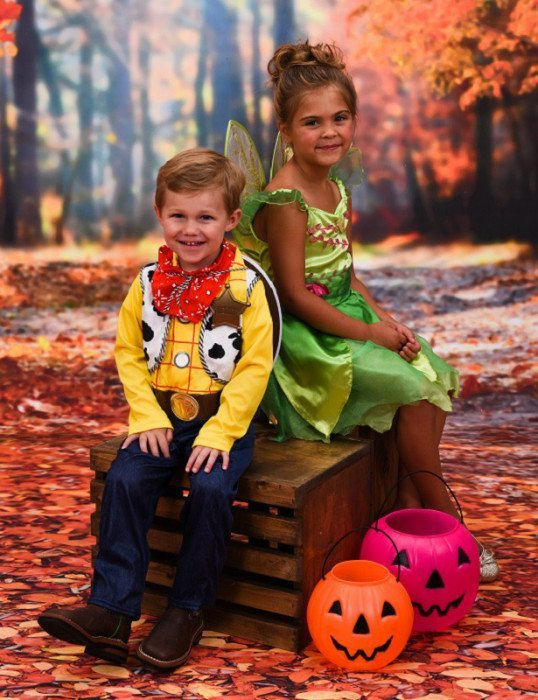 free-halloween-portraits-at-portrait-innovations-october-2015
