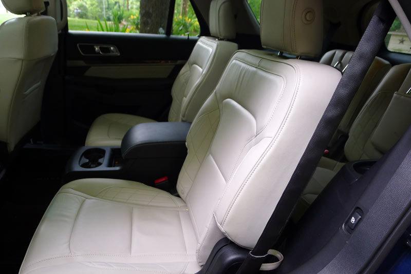 Ford Explorer Platinum second row seat