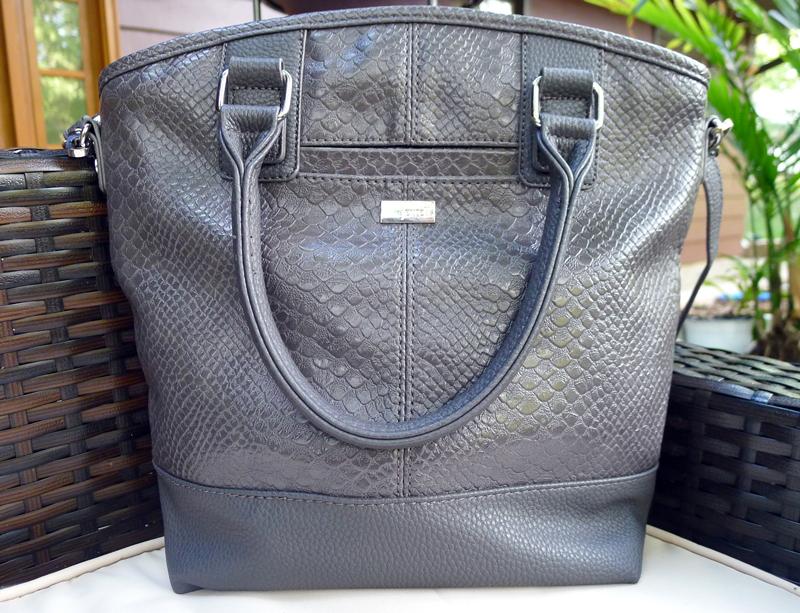thirty-one Paris handbag review