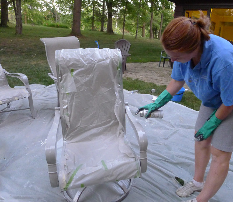 Rust-oleum spray pain outside chairs