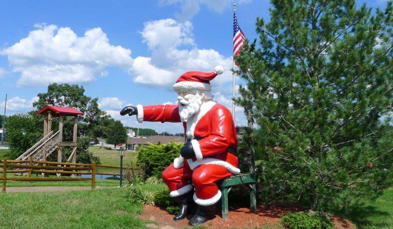 Santas Lodge Ziplining Buffet Santa Claus IN (2)