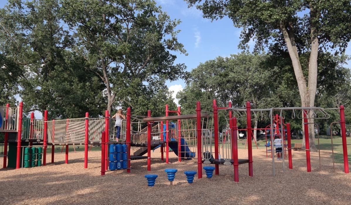 Hardesty Park in Akron Ohio (3)