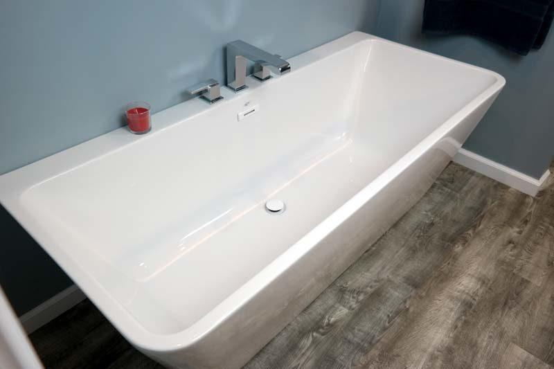 Mansfield Plumbing Lana Freestanding Tub Review