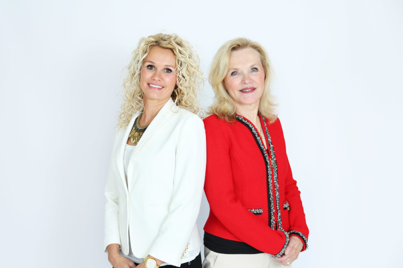 H&H Science Founders Helen and Heather